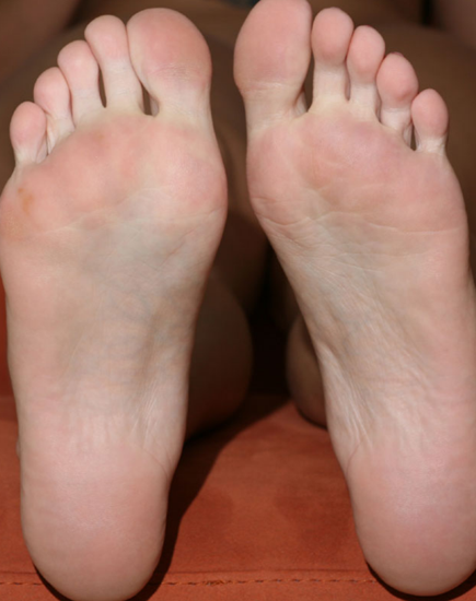 my-friends-feet